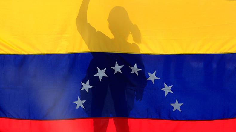 US imposes sanctions against 10 Venezuelan officials over election