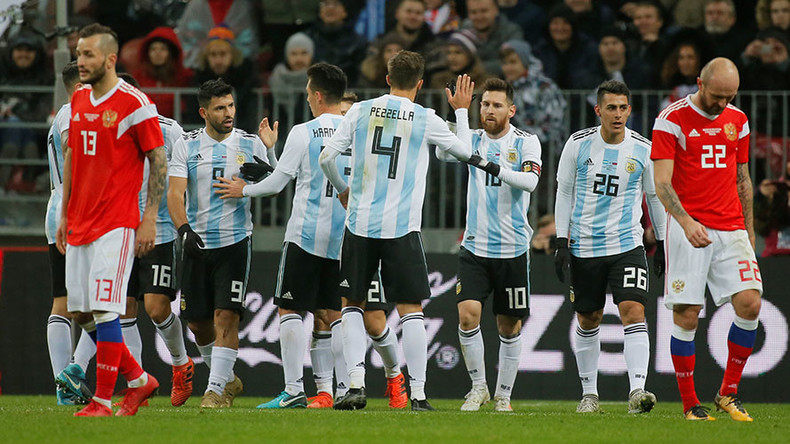 Late Aguero header sees Argentina roll over Russia at Luzhniki grand opening