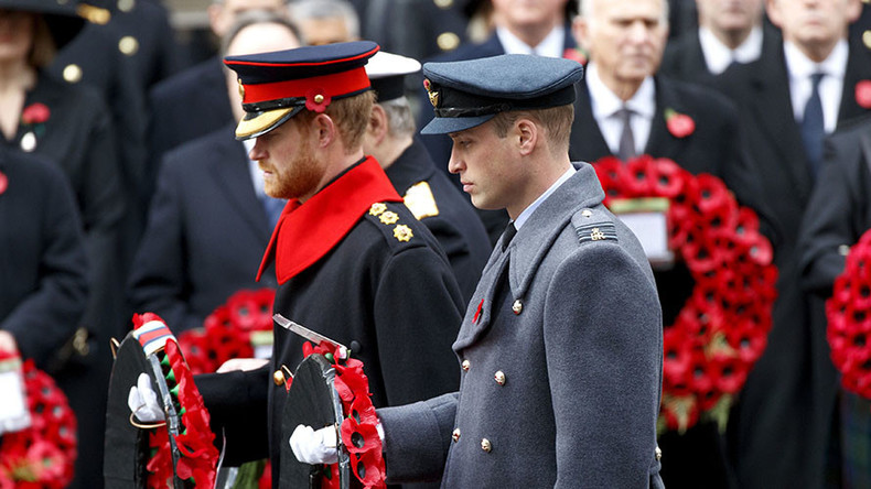 Prince Harry breaches military rules by sporting beard at Remembrance Sunday service (PHOTOS)