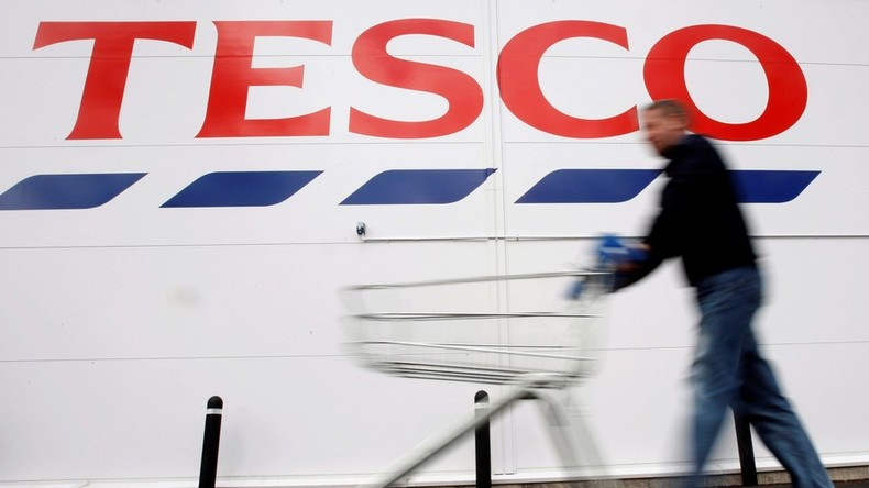 Tesco Christmas advert featuring Muslim family stirs Twitter anger (VIDEO)