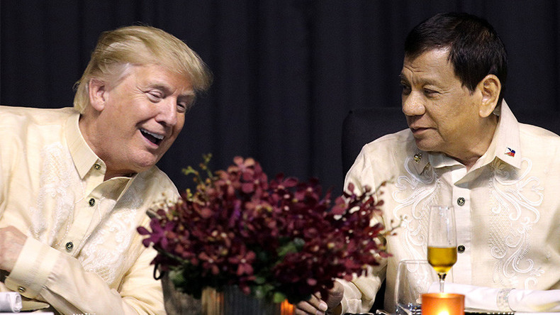 Trump arrives in the Philippines, Duterte sings him a love song