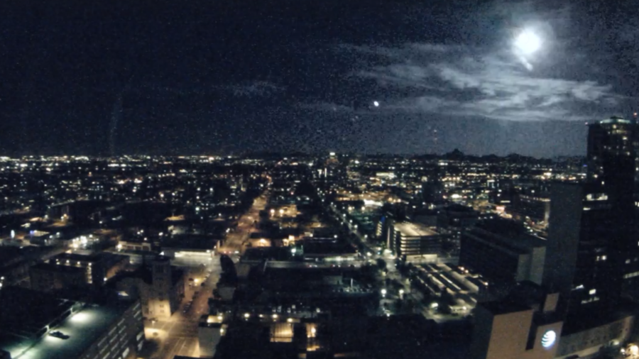 Fly by night: Fireball streaks across Phoenix sky (VIDEO)