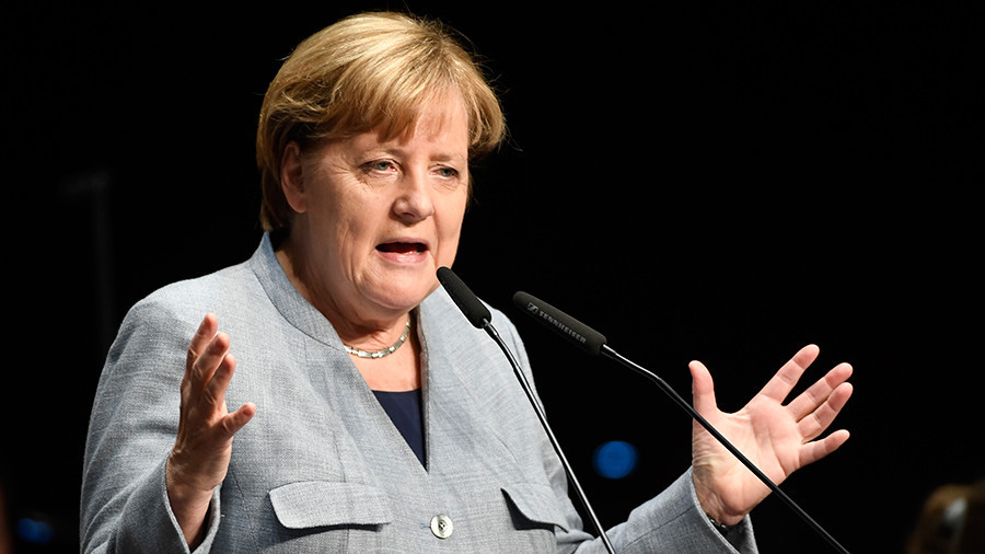 Merkel says she would prefer new elections over minority govt