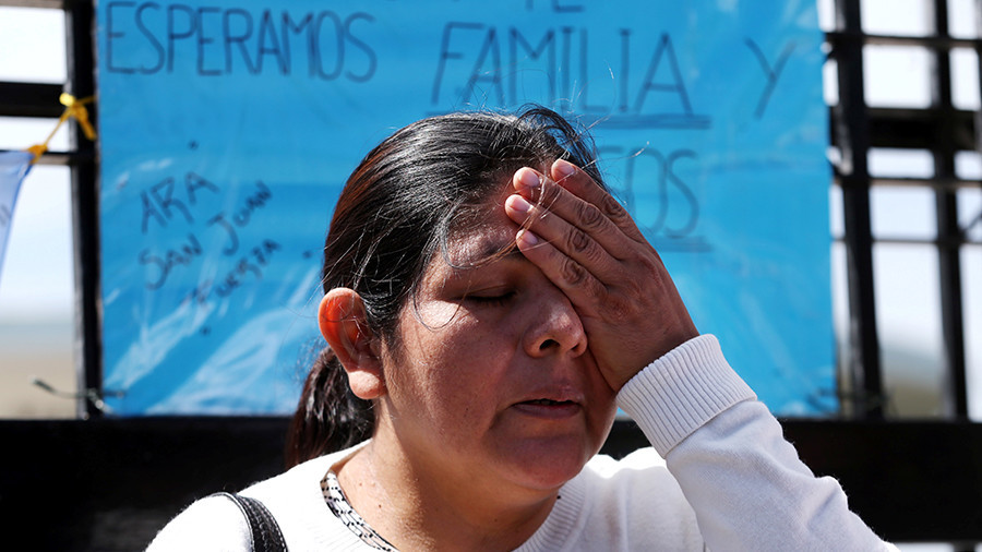 Families of missing Argentine submarine crew reportedly told that all 44 have died