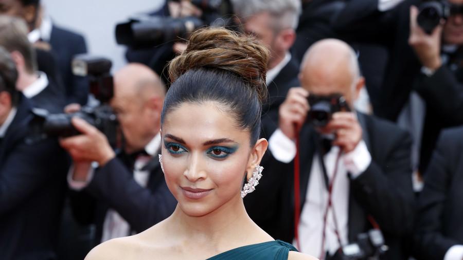 Burn down British cinemas showing Bollywood movie 'Padmavati' – Hindu nationalist