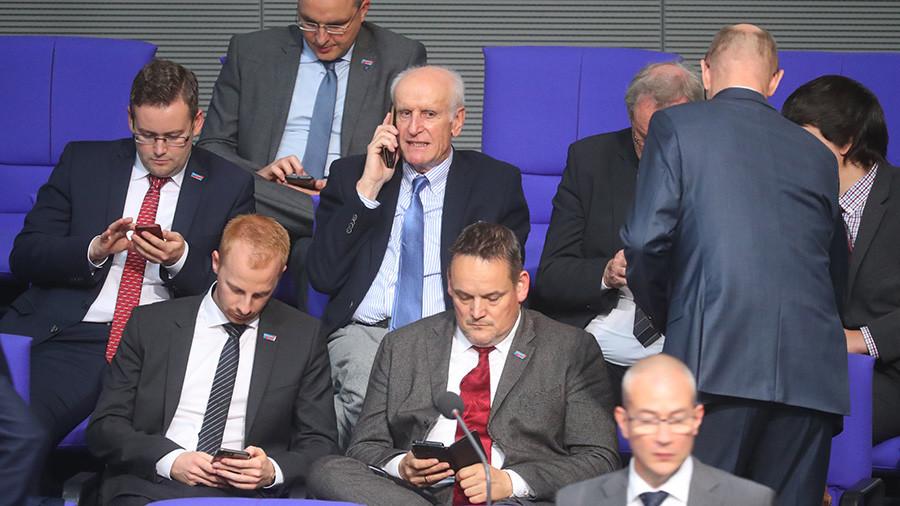 German MPs vent on Twitter after Bundestag speaker asks them to pocket cellphones