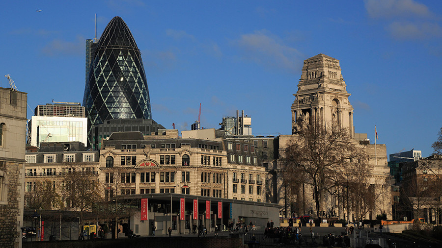 London's iconic Gherkin placed on lockdown as bomb disposal police examine suspicious vehicle