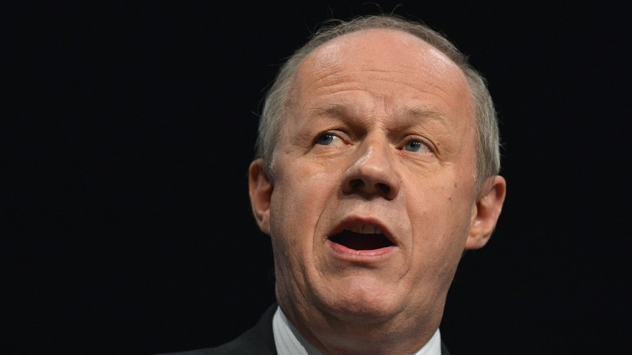 Damian Green to take PMQs despite porn & sexual harassment allegations