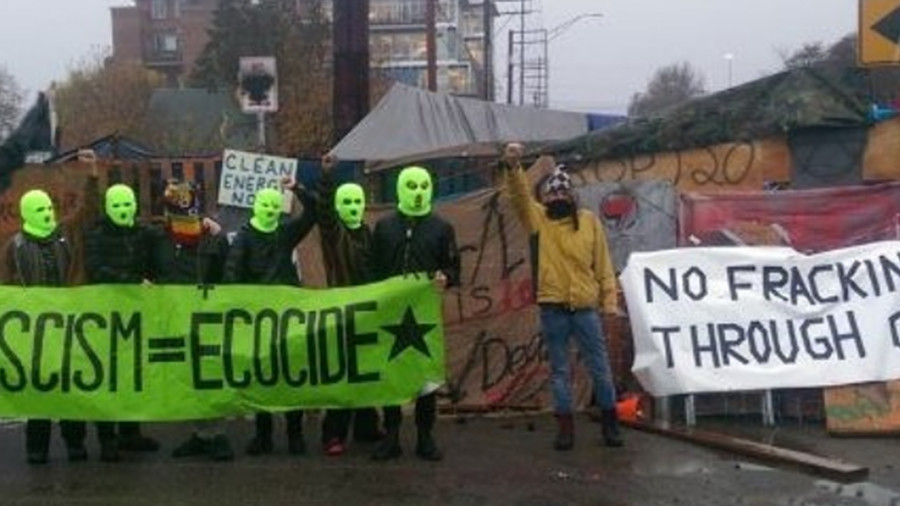Police evict anti-fracking protesters from encampment in Olympia, Washington