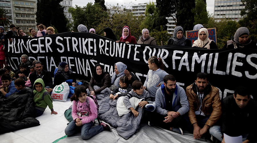 Greece: Refugees Demand Transfer, Begin Hunger Strike