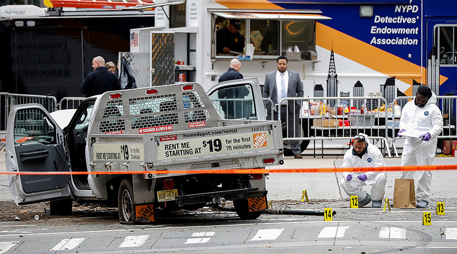 3 injured in Manhattan shooting near Empire State Building