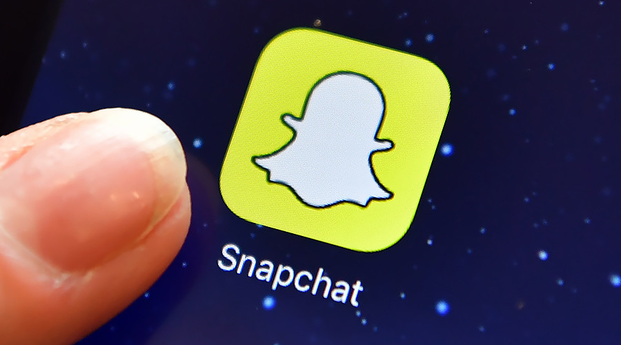 Snapchat & Instagram remove Giphy feature over racist gif