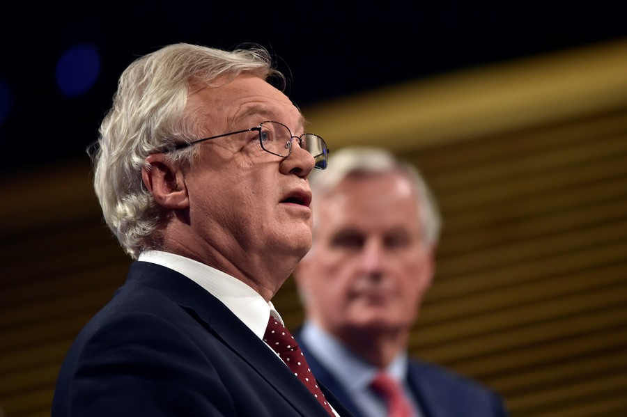 Barnier's ultimatum: Britain has less than two weeks to clarify Brexit strategy