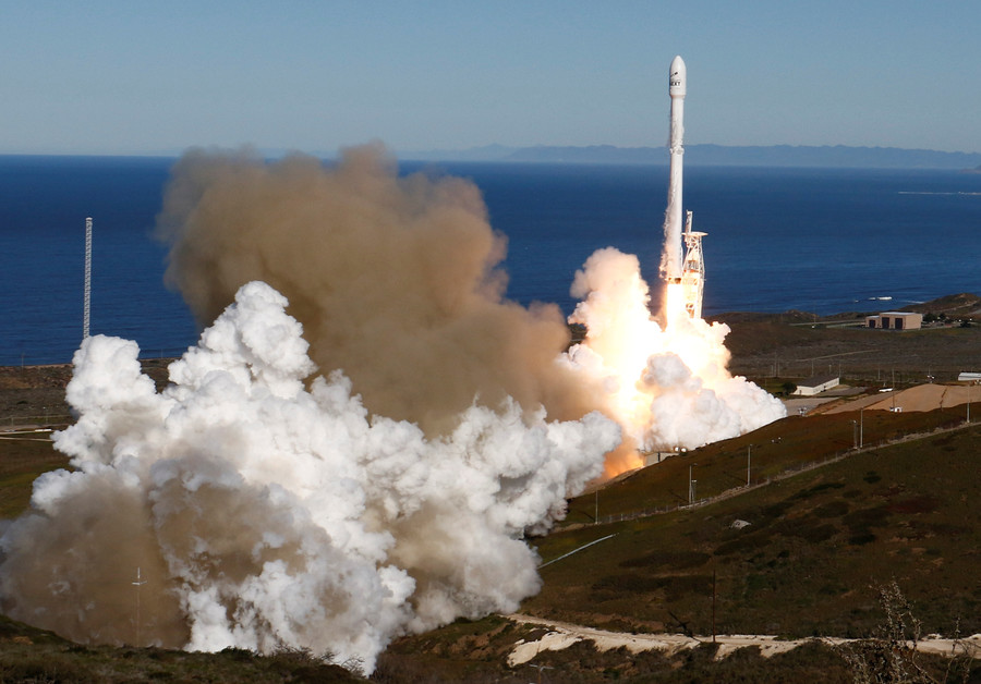 SpaceX mystery: What is the US govt sending into orbit? (POLL)