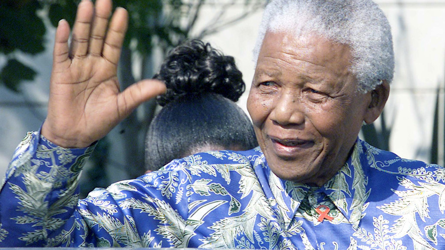 Golden digits: Nelson Mandela's 'hands' bought for $10mn in bitcoin