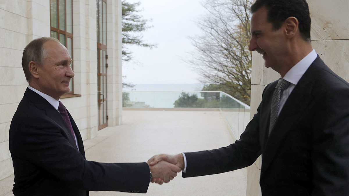 Assad meets Putin in Russia to discuss Syrian political settlement