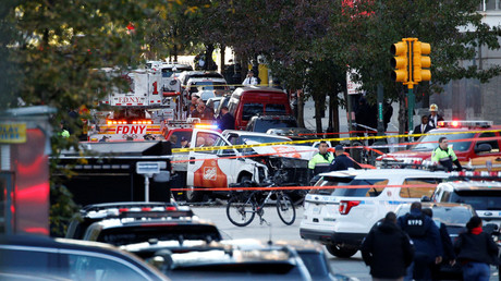 A Home Depot truck which struck down multiple people on a bike path, killing several and injuring numerous others is seen as New York city first responders are at the crime scene in lower Manhattan in New York, NY, U.S., October 31, 2017 © Brendan McDermid