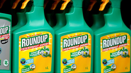 Monsanto sues California over weed killer cancer warnings