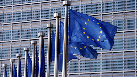 EU leaders sign non-binding 'Pillar of Social Rights' to appease skeptics with fair image