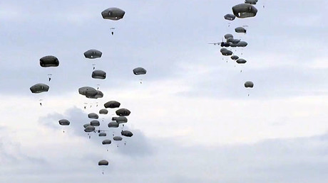 US & Serbian paratroopers hold joint drills near Belgrade