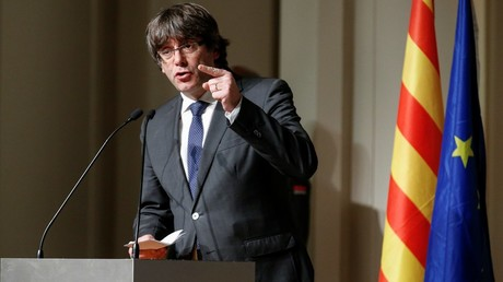 Airbrush fail: Deposed Catalonian govt posts bizarre photoshop image