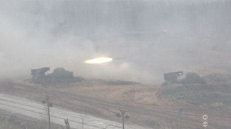 Russian self-propelled artillery systems demonstrated in new drills