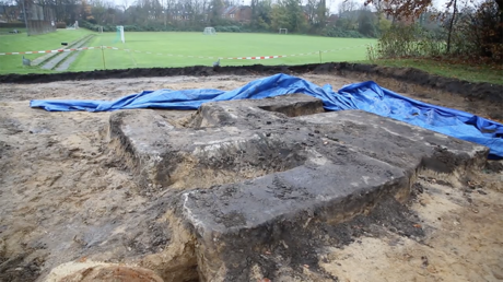 Giant Nazi-era monument unearthed during building work (VIDEO)