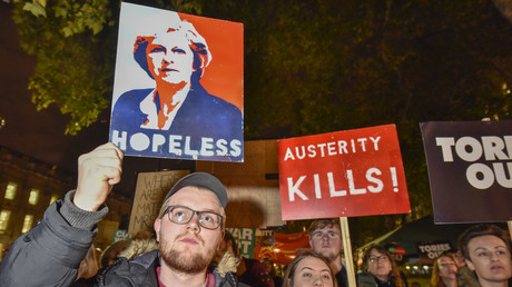 November 21, 2017, People gather outside Downing Street, for an Anti-Tory protest © Stephen Chung / Global Look Press