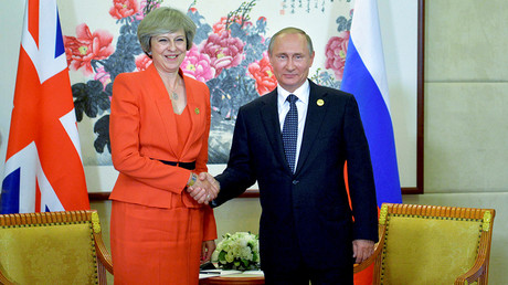FILE PHOTO: Russian President Vladimir Putin meets with British Prime Minister Theresa May as part of the G20 Summit in Hangzhou, China, September 4, 2016 © Alexey Druzhinin