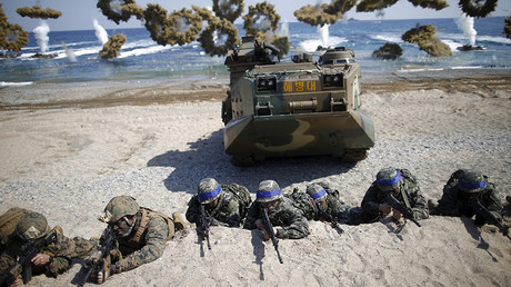 A US-South Korea joint landing operation drill in Pohang, South Korea © Kim Hong-Ji
