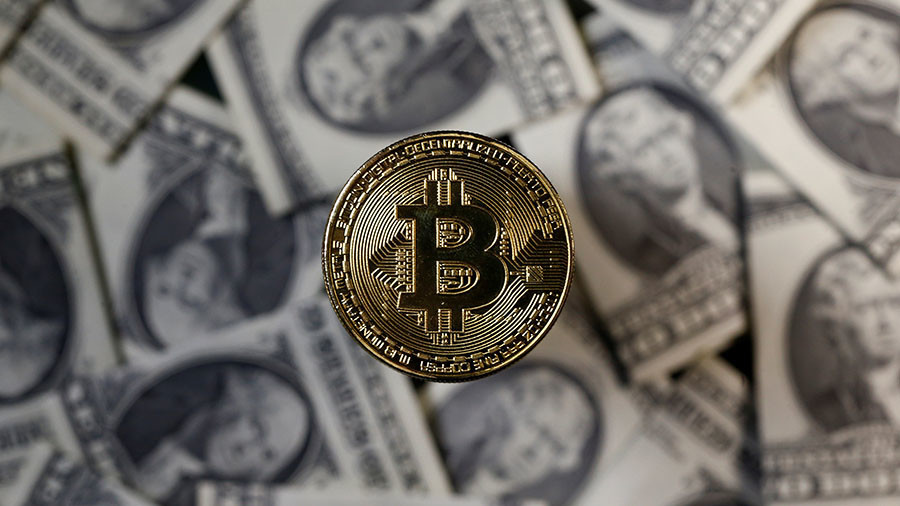Bitcoin Becoming Hyper Inflated Et But Fails To Rival Us Dollar As Currency