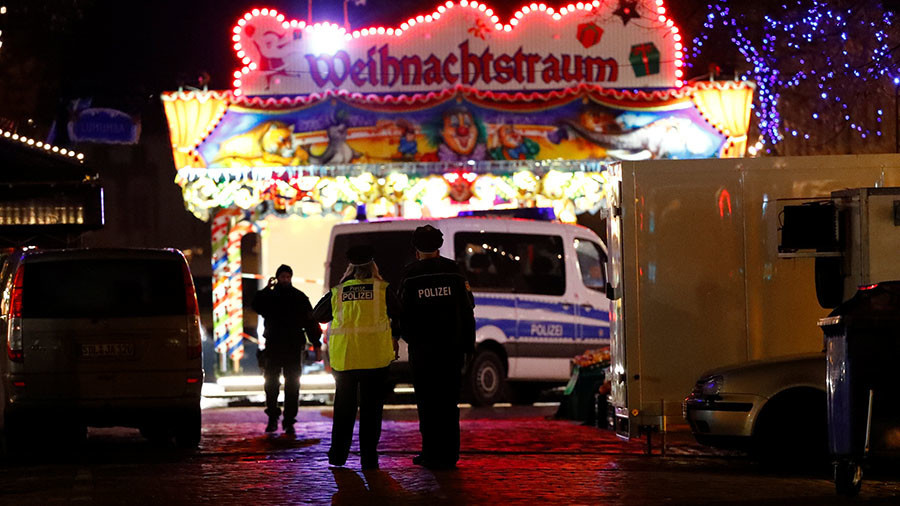 Wired device 'filled with nails' defused at Christmas market in Potsdam, Germany