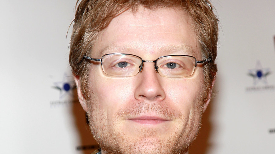 'House of Cards' fans attack Anthony Rapp for 'ruining' show with Spacey sex assault claims