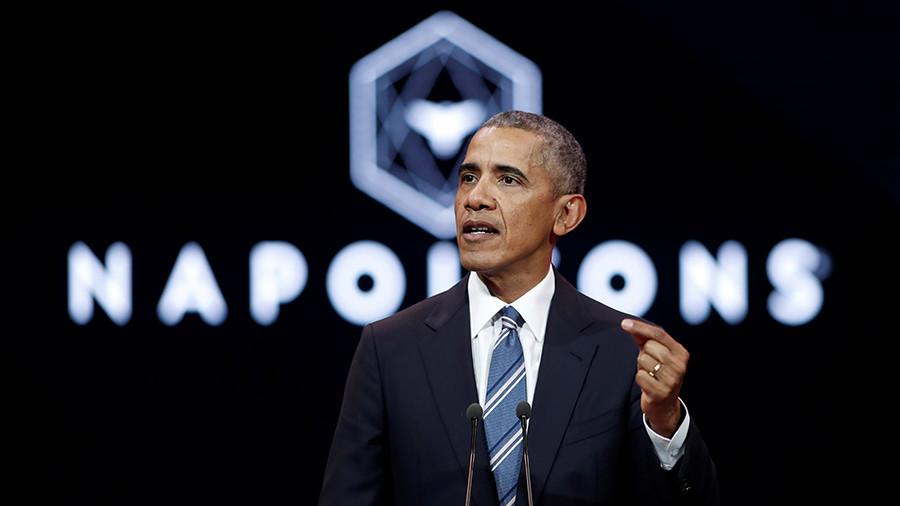 Obama meets 'Les Napoleons': Ex-US leader flies to Paris for elite club speech