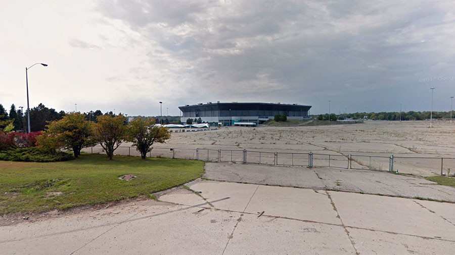 Iconic US stadium survives failed controlled demolition (VIDEOS)