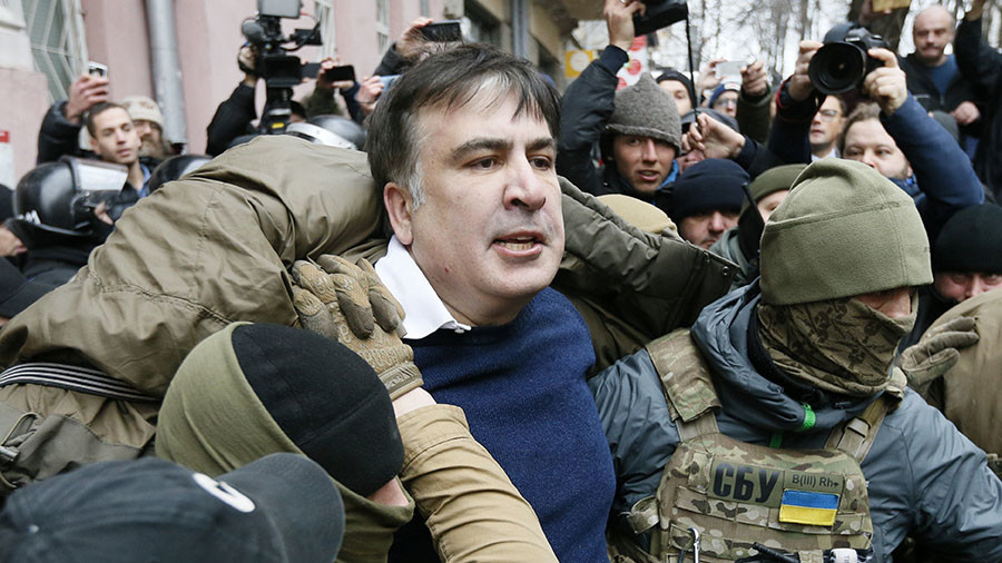 Why did Georgia's ex-leader Saakashvili threaten to jump off roof in Kiev?