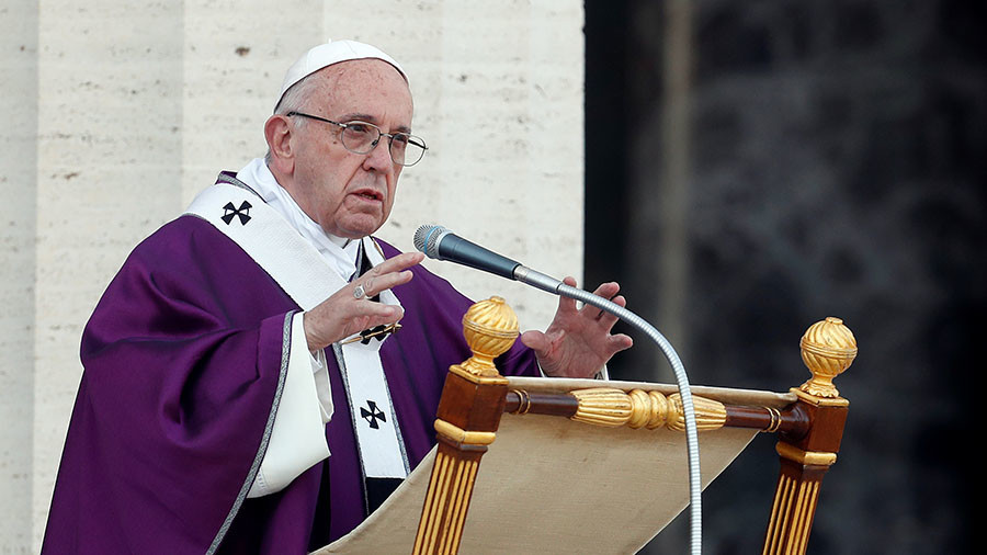 Pope Francis defends Jerusalem 'status quo'