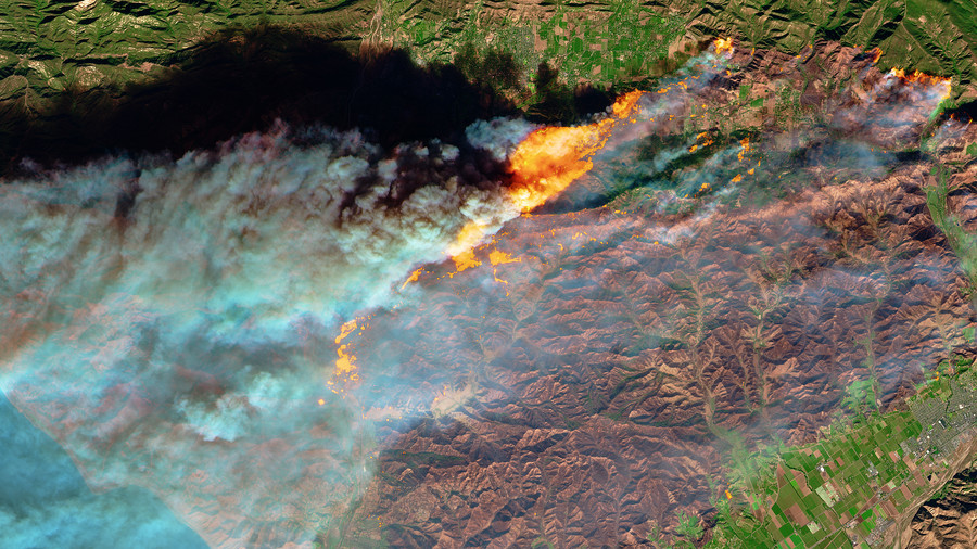 Raging California wildfires captured on camera from space (PHOTOS)