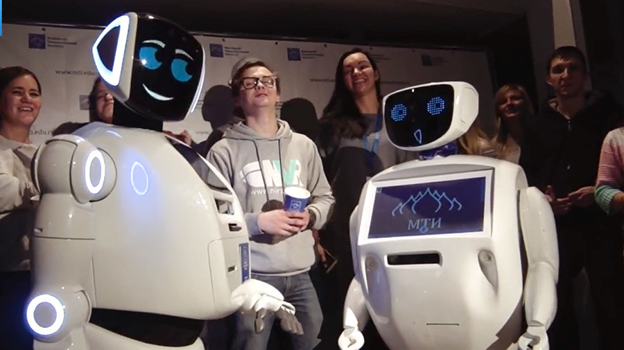 'You'll be ruined like Weinstein': Russian robots destroy each other in rap battle (VIDEO)