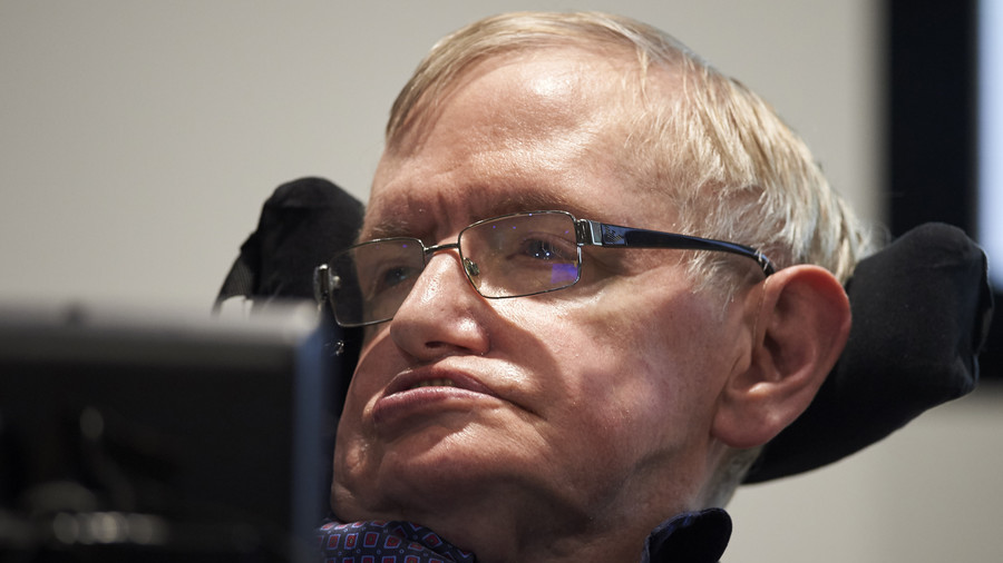 Stephen Hawking joins lawsuit against Tories to defend NHS from 'privatization'