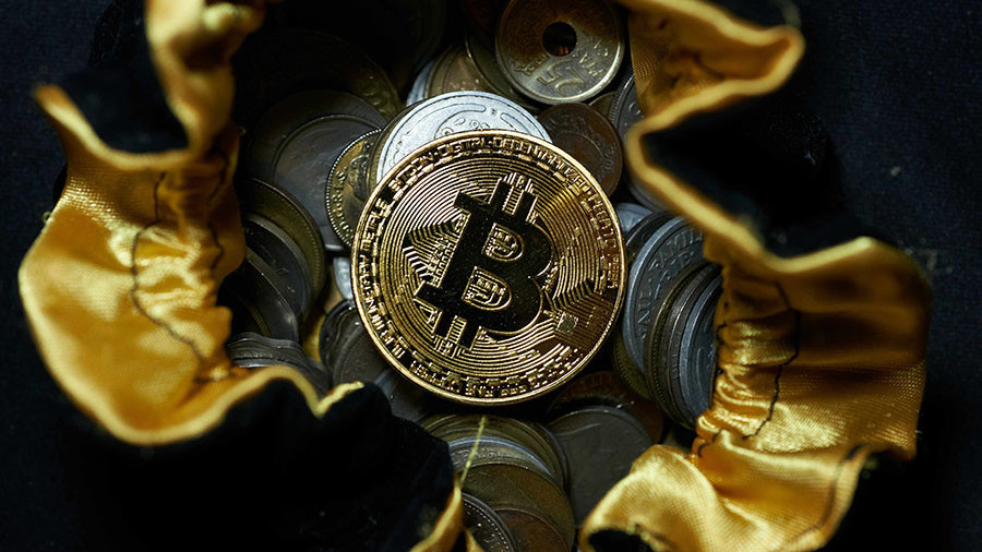 Bitcoin surges to $17,000 after start of futures trading
