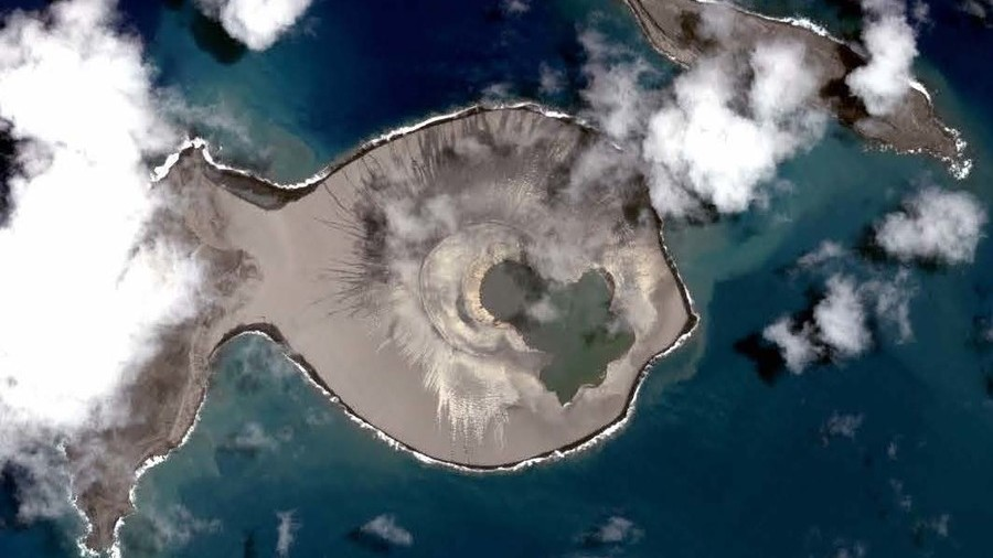 Watch the fascinating birth of a new island in Tonga