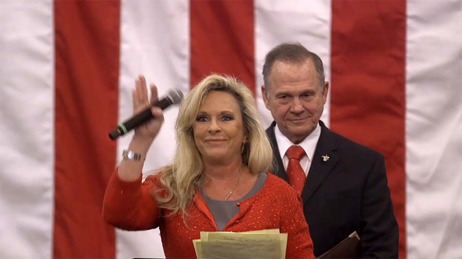 'Our lawyer's a Jew' – Roy Moore's wife insists family isn't anti-Semitic (VIDEO)