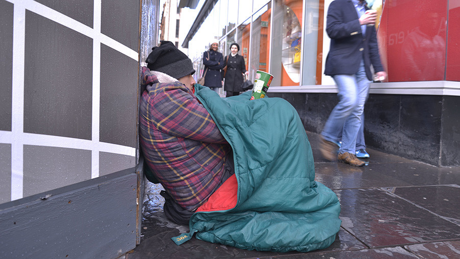 May govt slammed over skyrocketing homelessness in Britain