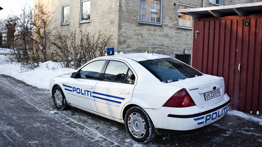 Drug dealer mistakes Danish police auto for taxi