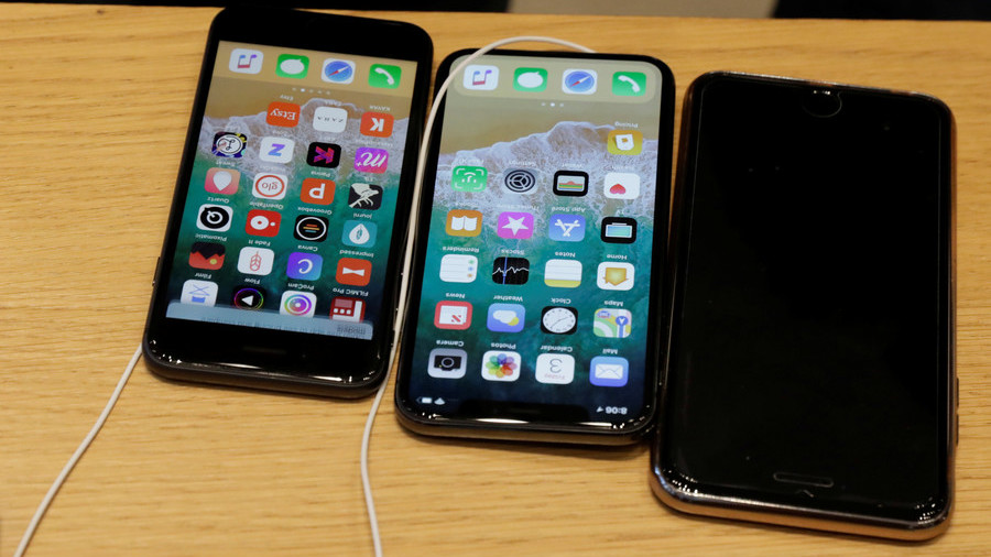 Apple Says It Does Indeed Slow Down Older iPhones As They Age