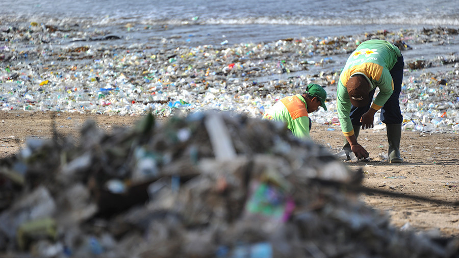 Rubbish paradise? Bali garbage problem so bad might cause cancer, expert warns