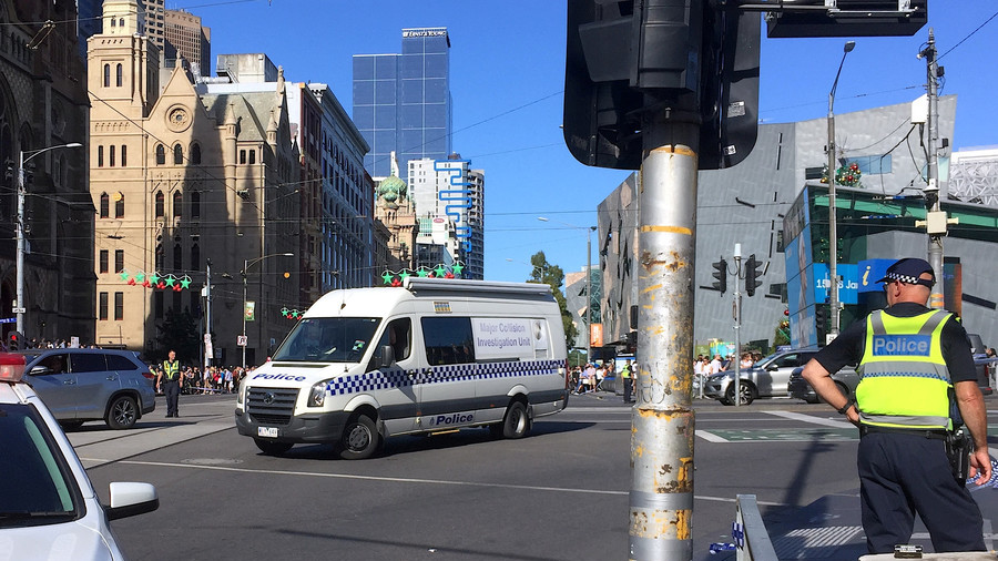 Melbourne's new attack warning system fails to alarm shoppers (VIDEO)