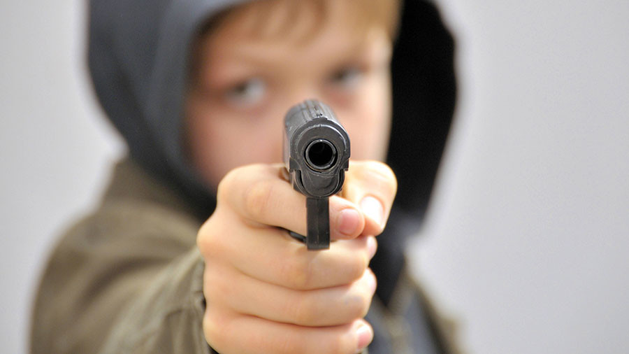 IN boy uses pellet gun to scare off Christmas carjacker