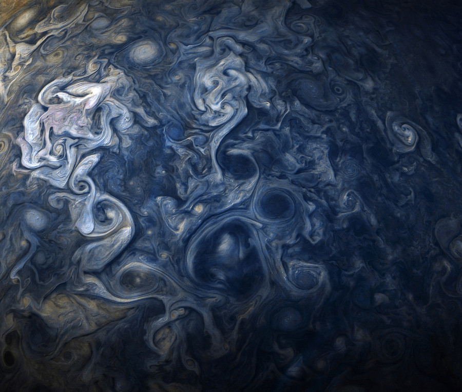 NASA's Juno mission snaps mesmerizing images of Jupiter's cloud canopy (PHOTOS)
